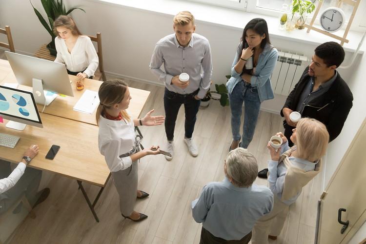 Employer speaks to externship students