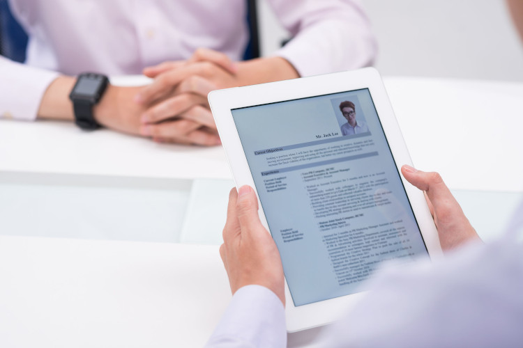 Employer views resume on tablet