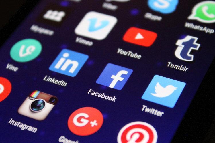 Phone screen displaying social media icons