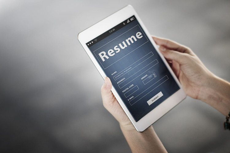 how to use a resume generator to build a great resume